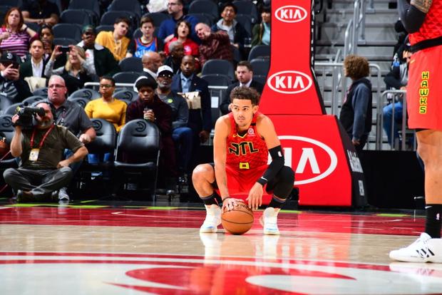 Những giọt nước mắt lăn dài tại NBA trong ngày huyền thoại Kobe Bryant vẫy tay từ biệt - Ảnh 8.