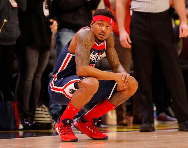 Những giọt nước mắt lăn dài tại NBA trong ngày huyền thoại Kobe Bryant vẫy tay từ biệt - Ảnh 6.