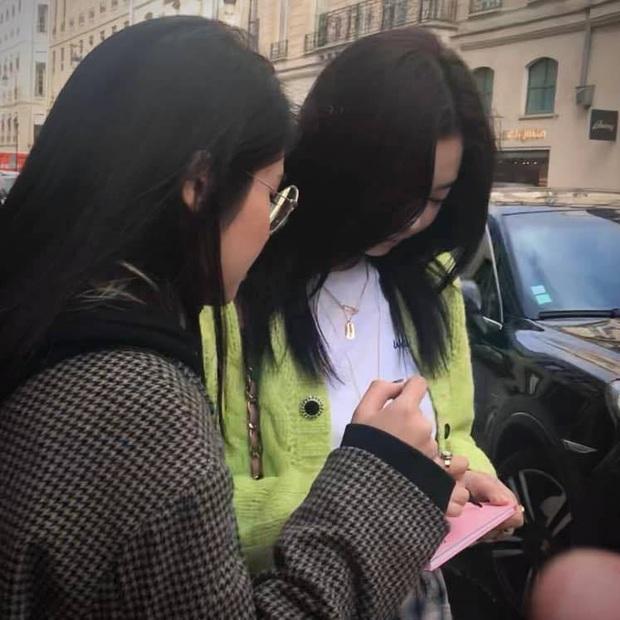 Gặp Rosé 5 lần, Lisa, Jennie hay Jessica, Sooyoung (SNSD) đều đã tay bắt mặt mừng: đọc ngay nhật ký fangirl số 1 Việt Nam để hưởng ké chút may mắn nào! - Ảnh 16.