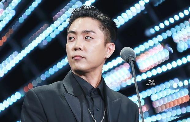 Sự tích visual nhà YG: Nữ thần BLACKPINK, nam thần WINNER chưa bằng anh chú đanh đá, kéo xuống BIGBANG mới ngã ngửa - Ảnh 17.