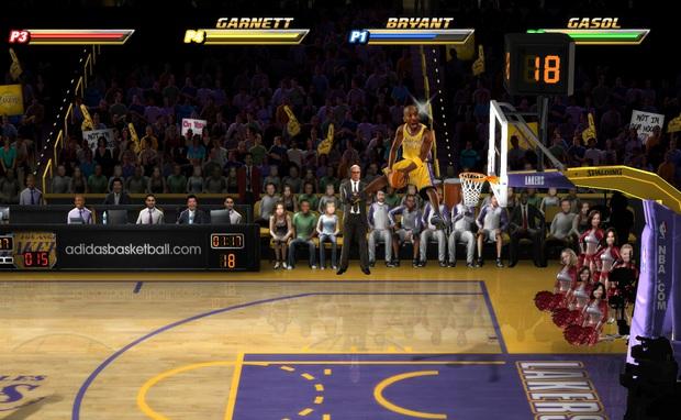 Điểm danh những siêu phẩm game bóng rổ có sự góp mặt của huyền thoại Kobe Bryant - Ảnh 4.