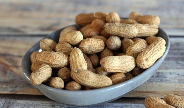 Chứa nhiều dinh dưỡng, có lợi cho sức khỏe, nên ăn lạc, đậu phộng thế nào cho bổ dưỡng nhất? - Ảnh 1.