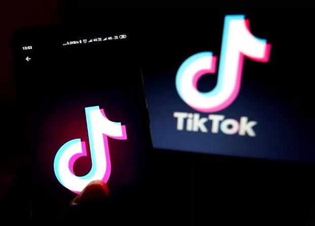 Từ Netflix đến TikTok: Tất cả chúng ta đã bị ám ảnh bởi màn hình điện tử như thế nào - Ảnh 2.