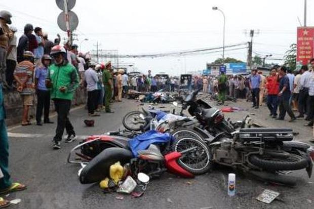 102 người chết vì tai nạn giao thông trong năm ngày nghỉ Tết - Ảnh 1.