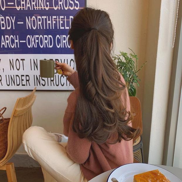 4 biến tấu cho tóc xõa dài bớt nhạt và từ giờ đến hết Tết, bạn sẽ đẹp xinh không hôm nào giống hôm nào - Ảnh 16.