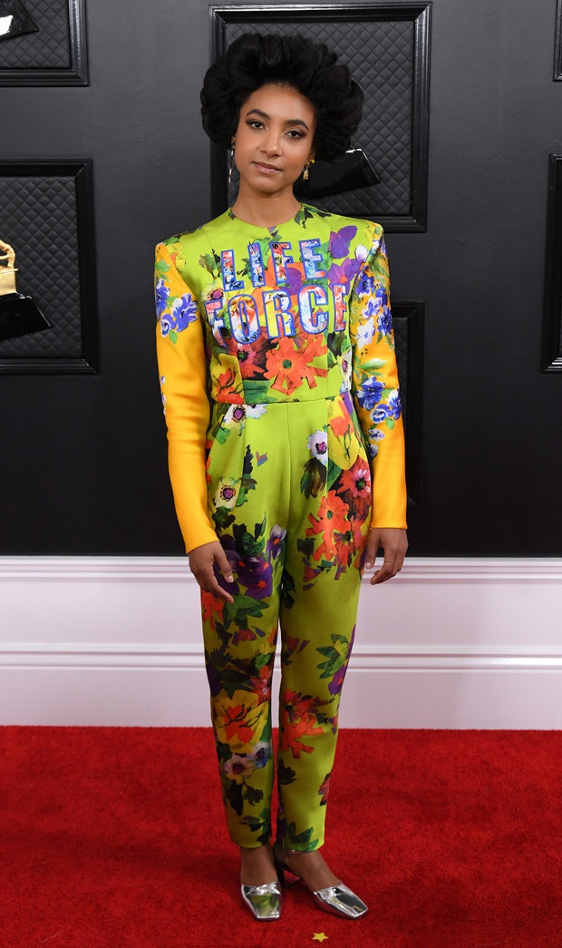 Hết hở ngực lại đến mông, những bộ cánh dị hợm - thảm họa nhất thảm đỏ Grammy 2020, mới đầu năm đã khiến người xem ngán ngẩm  - Ảnh 11.