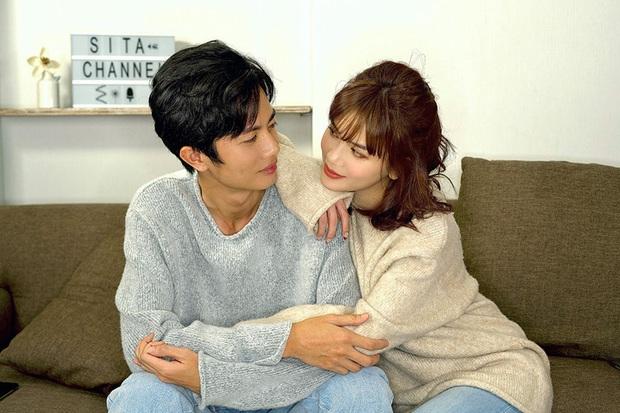2 cặp đôi mới của Vbiz: Gu thời trang đồng điệu là một chuyện, càng nhìn càng thấy rõ nét phu thê - Ảnh 17.