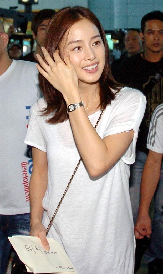 Loạt khoảnh khắc thời sinh viên của Kim Tae Hee bất ngờ hot, netizen tán tụng Đệ nhất mỹ nhân đẹp tự nhiên xứ Hàn là đây - Ảnh 3.