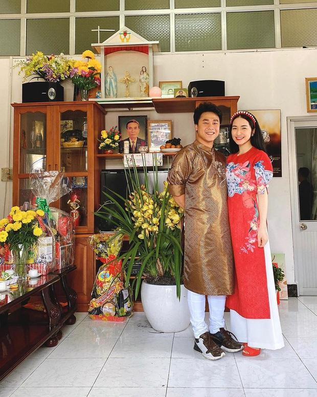 Sao nữ Vbiz đón Tết Canh Tý cùng bạn trai: Văn Mai Hương, Diễm My 9x du hí nước ngoài, Hoà Minzy về tận miền Tây - Ảnh 4.