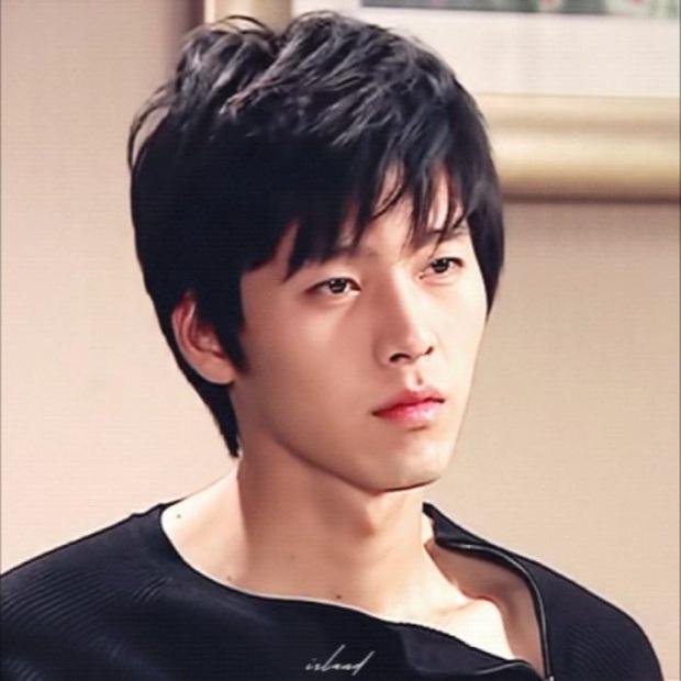 Rầm rộ loạt ảnh Hyun Bin và Son Ye Jin ở tầm tuổi 20: Ước gì 2 anh chị gặp nhau sớm hơn, nhìn đẹp muốn quỳ! - Ảnh 2.