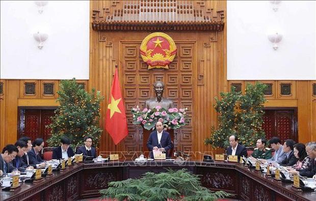 Thủ tướng chủ trì họp về phòng, chống dịch virus corona - Ảnh 2.