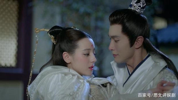 Mệt tim với loạt chiêu trò thả thính Địch Lệ Nhiệt Ba của Cao Vỹ Quang ở Chẩm Thượng Thư - Ảnh 8.
