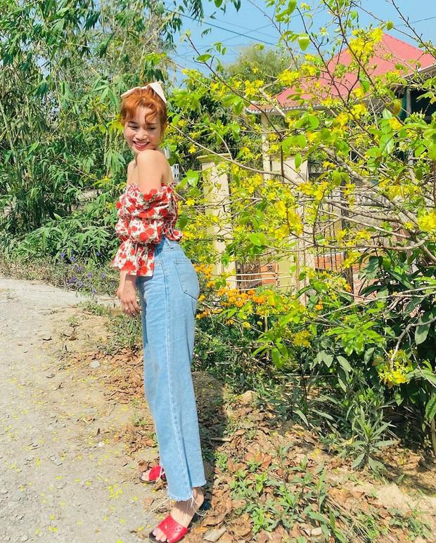 """Sao Việt """"đọ style"""" diện đồ Tết: Ai cũng kín đáo, có Yến Trang, Quỳnh Anh Shyn """"đánh bạo"""" diện váy ngắn - Ảnh 5."""