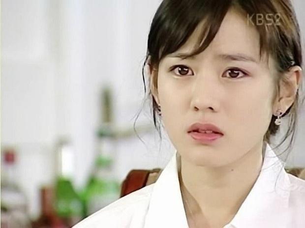 Rầm rộ loạt ảnh Hyun Bin và Son Ye Jin ở tầm tuổi 20: Ước gì 2 anh chị gặp nhau sớm hơn, nhìn đẹp muốn quỳ! - Ảnh 8.