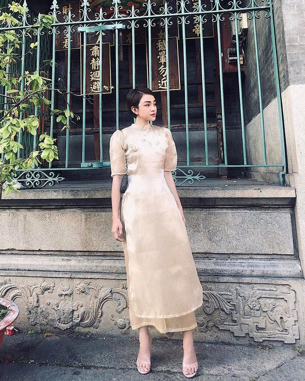 """Sao Việt """"đọ style"""" diện đồ Tết: Ai cũng kín đáo, có Yến Trang, Quỳnh Anh Shyn """"đánh bạo"""" diện váy ngắn - Ảnh 10."""