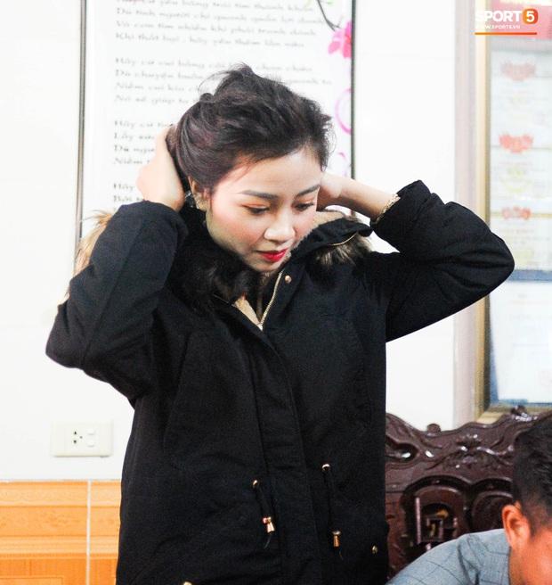 Giống Quỳnh Anh, Nhật Linh (vợ Văn Đức) mệt mỏi vì say xe khi vừa về nhà chồng - Ảnh 3.