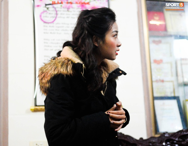 Giống Quỳnh Anh, Nhật Linh (vợ Văn Đức) mệt mỏi vì say xe khi vừa về nhà chồng - Ảnh 4.