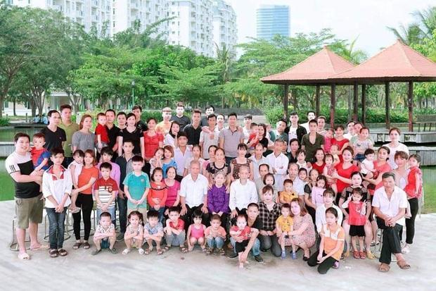Tiếp nối trend khoe ảnh đại gia đình năm ngoái, dân mạng phát hiện ra kỷ lục nhà có 407 thành viên đây này! - Ảnh 7.