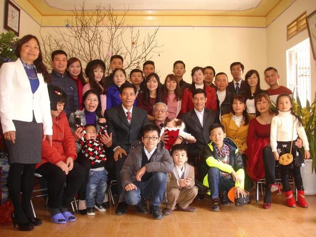 Tiếp nối trend khoe ảnh đại gia đình năm ngoái, dân mạng phát hiện ra kỷ lục nhà có 407 thành viên đây này! - Ảnh 5.