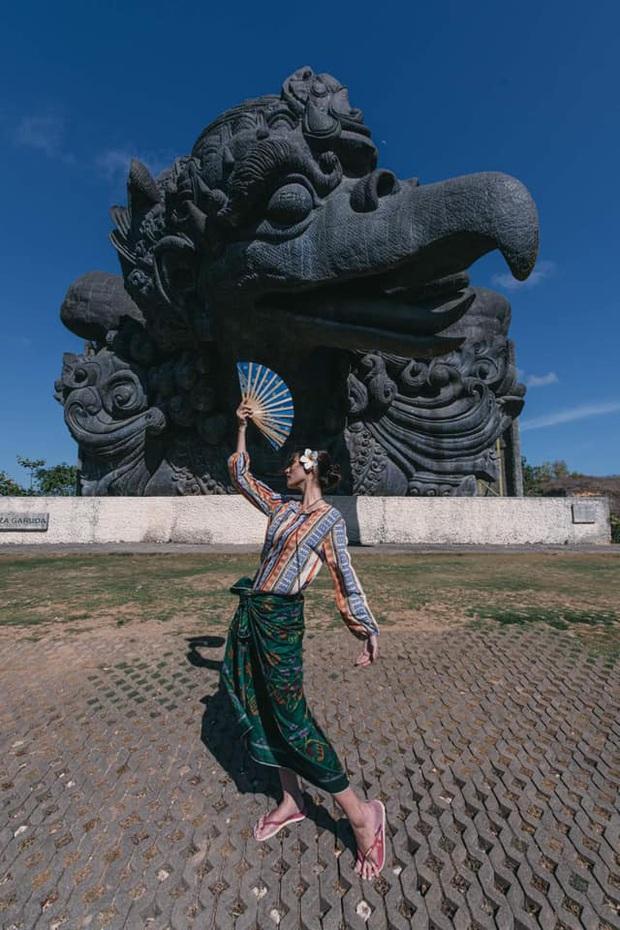 Chia sẻ Bali là điểm đến hot để du hí đầu xuân, Cao Thiên Trang hé lộ 10 sự thật về hòn đảo này mà du khách đã bị lừa trước đây - Ảnh 1.