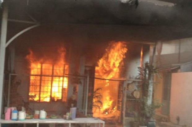 Nghi án đòi quan hệ không được, phóng hoả đốt nhà làm 2 người tử vong - Ảnh 1.
