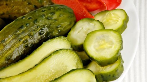 5 loại thực phẩm gây ung thư hàng đầu có thể bạn vẫn đang ăn hàng ngày: Các món ăn để qua đêm xếp thứ ba - Ảnh 2.