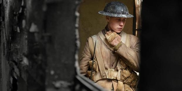 Review 1917: Đề tài chiến tranh nhưng chẳng khô khan, là kẻ mạnh ở đường đua Oscar 2020 - Ảnh 4.