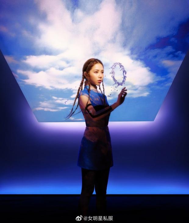 Loạt mỹ nhân châu Á thi nhau diện mặt nạ dị: Châu Tấn gây ám ảnh, Nghê Ni và người tình tin đồn G-Dragon thần thái xuất chúng - Ảnh 4.