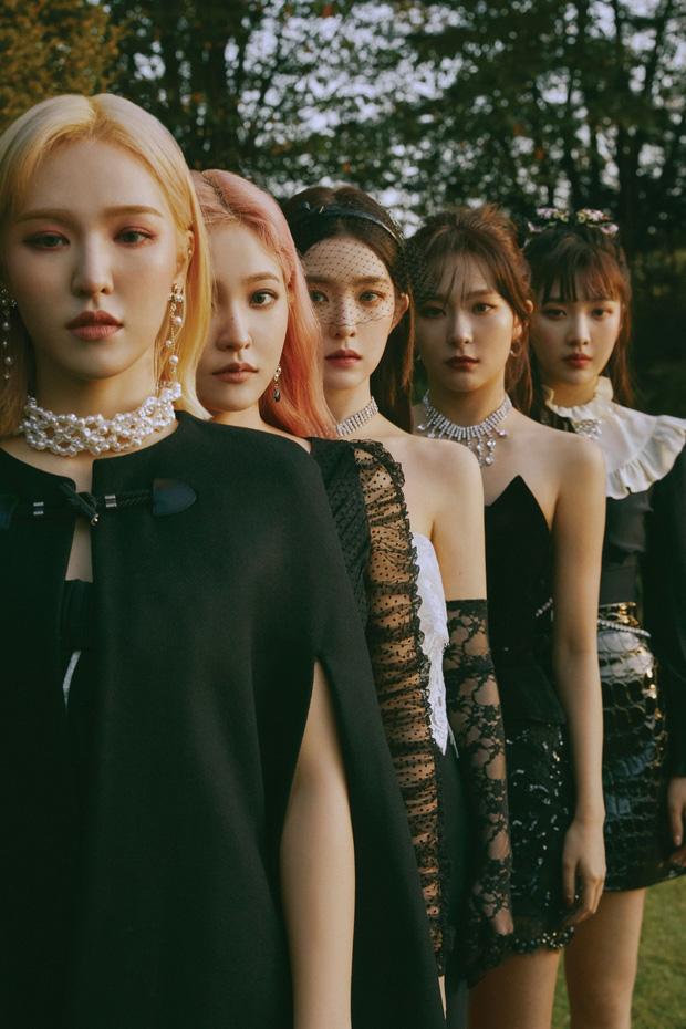 """Red Velvet vượt IU, giành cúp đầu tiên của thập kỷ nhưng bị kênh KBS giật """"spotlight"""" vì bày tỏ nhung nhớ với Wendy - Ảnh 2."""
