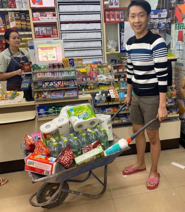 1001 cách shopping không túi nilon nhằm bảo vệ môi trường của người Thái - Ảnh 2.