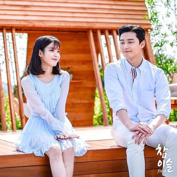 Chị Nguyệt IU nên duyên với tài phiệt Park Seo Joon trong phim mới, shipper chuẩn bị chèo thuyền thôi! - Ảnh 2.
