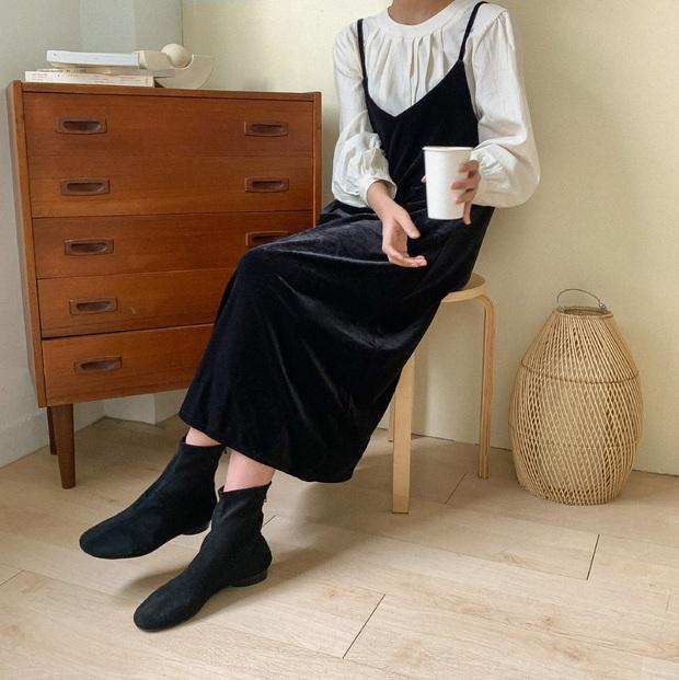 Váy áo nhung năm nay không hề đồng bóng mà còn tăng điểm sang chảnh cho chị em đến mức tối đa - Ảnh 14.