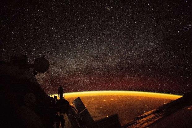 Trái Đất nhìn từ không gian qua những bức ảnh ấn tượng - Ảnh 15.