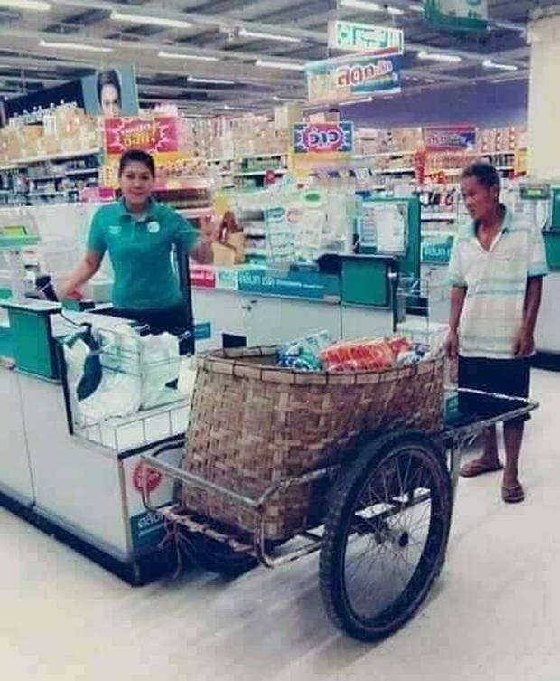 1001 cách shopping không túi nilon nhằm bảo vệ môi trường của người Thái - Ảnh 3.