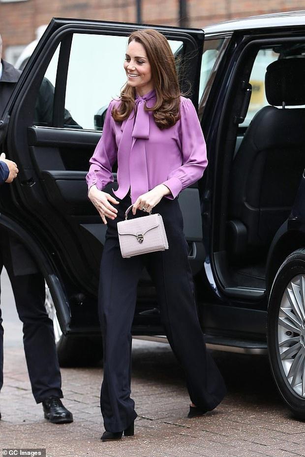 Nổi tiếng là tiết kiệm nhưng năm 2019 Công nương Kate chi tới 4,2 tỉ tiền mua quần áo, nhiều gấp đôi năm ngoái - Ảnh 7.