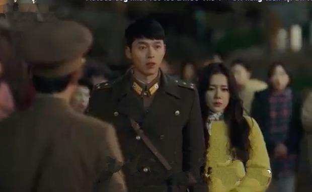 3 hạt sạn khó hiểu của Crash Landing On You: Chị đẹp Son Ye Jin tắm từ sáng đến tối mà vẫn chưa xong? - Ảnh 12.