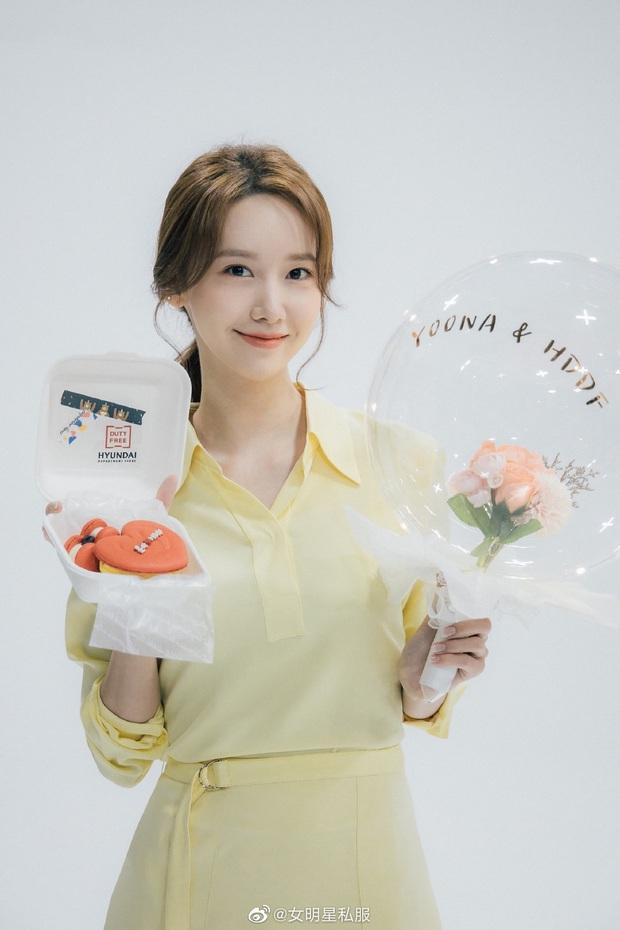 Chung 1 chiếc váy: Song Hye Kyo bạo gan cắt ngắn cho trẻ trung, Yoona lại ghi điểm ngọt ngào tuyệt đối - Ảnh 2.