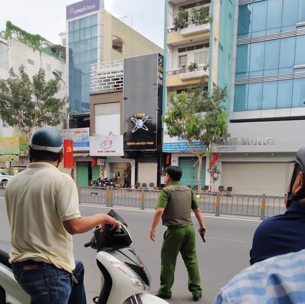 Bắt đối tượng nghi ôm lựu đạn cố thủ ở Sài Gòn tại tỉnh Đồng Nai - Ảnh 3.