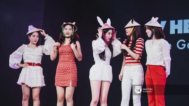 Xuýt xoa 1500 khoảnh khắc xuất thần của idol Hàn khi biểu diễn tại Việt Nam, nhưng nhìn sang các nghệ sĩ Vpop cũng chẳng hề kém cạnh chút nào! - Ảnh 9.