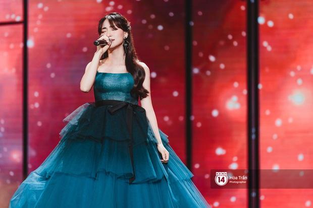 Xuýt xoa 1500 khoảnh khắc xuất thần của idol Hàn khi biểu diễn tại Việt Nam, nhưng nhìn sang các nghệ sĩ Vpop cũng chẳng hề kém cạnh chút nào! - Ảnh 22.