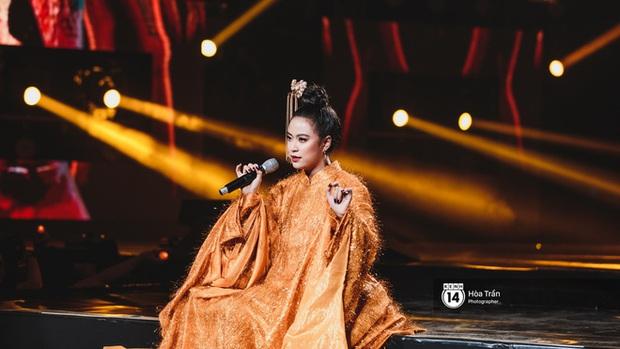 Xuýt xoa 1500 khoảnh khắc xuất thần của idol Hàn khi biểu diễn tại Việt Nam, nhưng nhìn sang các nghệ sĩ Vpop cũng chẳng hề kém cạnh chút nào! - Ảnh 31.