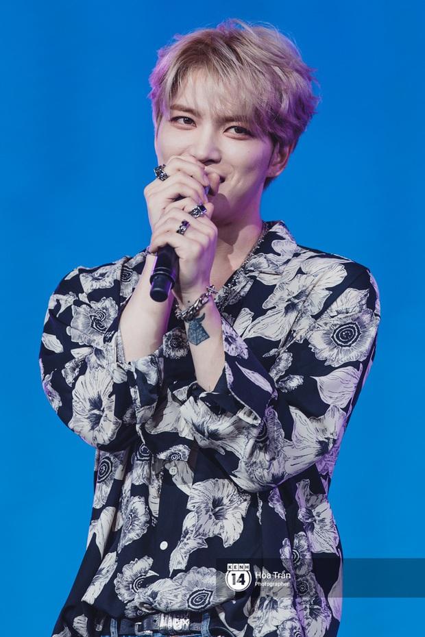 Xuýt xoa 1500 khoảnh khắc xuất thần của idol Hàn khi biểu diễn tại Việt Nam, nhưng nhìn sang các nghệ sĩ Vpop cũng chẳng hề kém cạnh chút nào! - Ảnh 26.