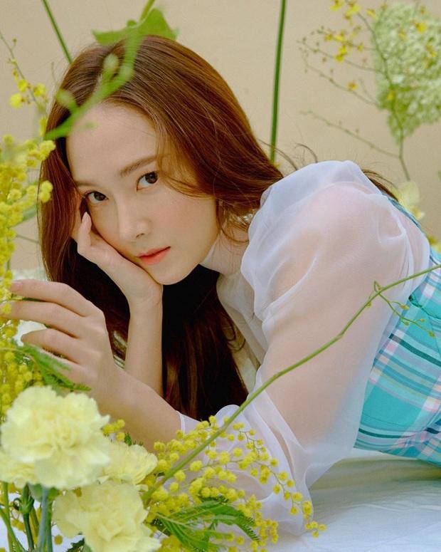 """Những thành viên đột ngột rời nhóm: Nghi ngờ 2 nam idol bị JYP """"đuổi thẳng cổ"""" vì phạm luật, trường hợp của Jessica (SNSD) bao năm vẫn gây tranh cãi - Ảnh 12."""