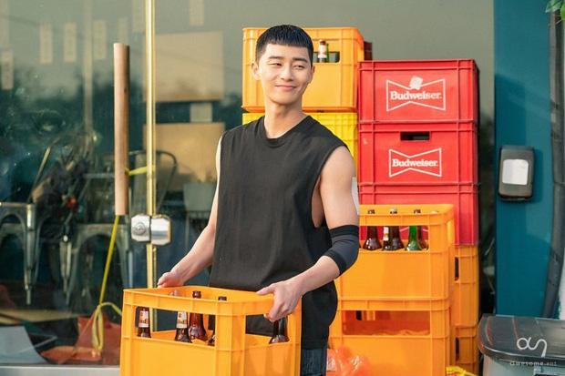 4 lí do cực ngóng Tầng Lớp Itaewon: Chủ tịch Park Seo Joon cạo đầu làm trẻ nghé báo thù, đã mắt với dàn trai xinh gái đẹp - Ảnh 7.