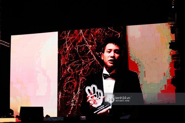 Xuýt xoa 1500 khoảnh khắc xuất thần của idol Hàn khi biểu diễn tại Việt Nam, nhưng nhìn sang các nghệ sĩ Vpop cũng chẳng hề kém cạnh chút nào! - Ảnh 63.