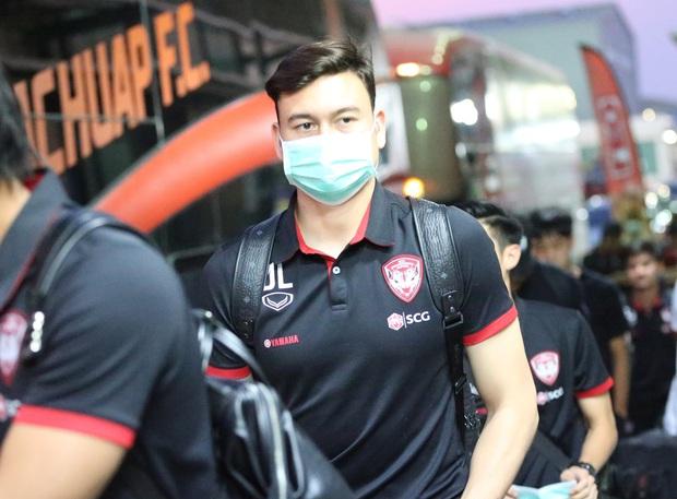 Dịch bệnh do virus corona trở thành tình trạng báo động toàn cầu, các giải đấu tại Việt Nam có nên tạm hoãn? - Ảnh 2.