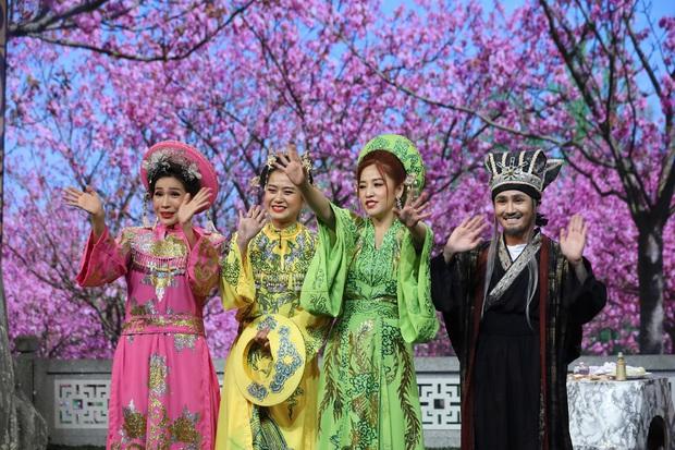 Puka, Khả Như bị ép ăn cả trái chanh trên sân khấu Tết - Ảnh 5.