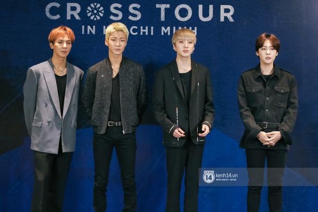 Họp báo nóng hổi của WINNER tại TP.HCM: Tiết lộ lý do chọn Việt Nam là trạm cuối concert khủng và niềm đam mê với 2 món Việt - Ảnh 1.