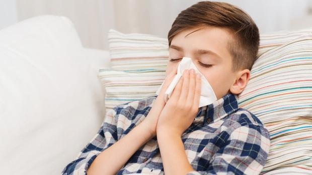 Cách phòng ngừa và bảo vệ trẻ nhỏ trước nguy cơ lây nhiễm nhiễm virus corona - Ảnh 5.