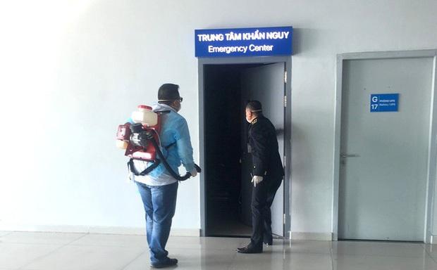 Xuất hiện status phân trần được cho là của nữ hành khách trốn kiểm soát virus corona ở Hải Phòng, CĐM liên tục để lại bình luận phẫn nộ - Ảnh 1.